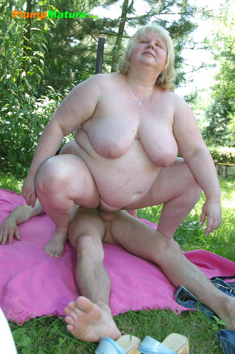 Толстые старые мамки порно фото